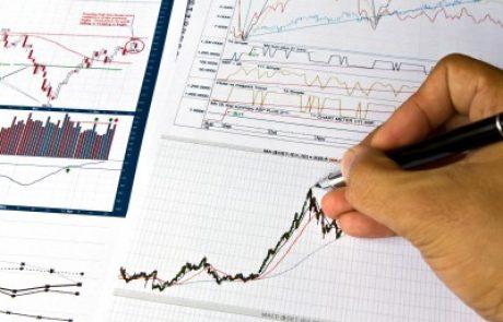 """מה יותר יקר, קל""""צ בריבית 5% או ריבית קבועה של 2% עם מדד של 3% בשנה?"""