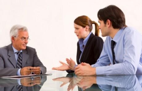 האם כדאי לקחת יועץ משכנתאות – התשובה האמיתית